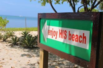Enjoy His beach at Virgin Island.