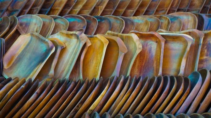 31 Vibrant Wood Plates