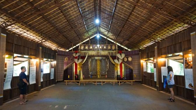 13 Inside the Balangay