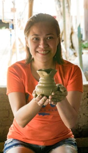 48 - Vigan Pottery